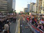 massa-aksi-yang-mengatasnamakan-diri-sebagai-gerakan-nasional-kedaulatan-rakyat.jpg