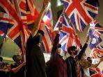 masyarakat-hongkong-kibarkan-bendera-inggris.jpg