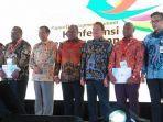 menteri-koordinator-bidang-politik-hukum-dan-keamanan-menkopolhukam-mahfud-md-papua.jpg