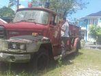 mobil-damkar-legendaris-yang-ada-didepan-kantor-satpol-pp-kabupaten-belitung-jumat-137_20180713_135834.jpg
