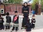 nieyssa-hashim-bersama-5-anaknya-yang-masih-kecil.jpg