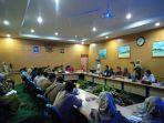pelaksanaan-rapat-pembahasan-rute-baru-air-asia-untuk-kabupaten-belitung.jpg