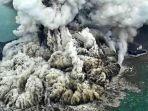 penampakan-erupsi-anak-krakatau-berhasil-tertangkap-kamera-ngeri-banget.jpg