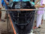 perahu-terbakar_20180126_200340.jpg