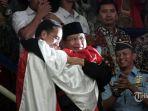 presiden-joko-widodo-kiri-dan-ketua-umum-pengurus-besar_20180830_224918.jpg