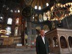 presiden-turki-recep-tayyip-erdogan-melakukan-inspeksi-mendadak.jpg