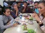 putri-indonesia_20170210_094900.jpg