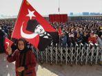 rakyat-turki-berkumpul-di-anitkabir-musoleum-mustafa-kemal-ataturk.jpg