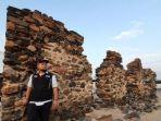 reruntuhan-bangunan-batu-di-hudaibiyah.jpg