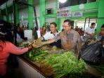 rudianto-tjen-mengunjungi-pasar-manggar-bangka-belitung.jpg