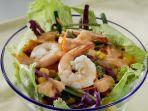 salad-sayur-dan-udang-bisa-untuk-menu-pengganti-nasi.jpg