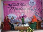 salimah-minggu-2312-melakukan-talk-show-muslimah.jpg
