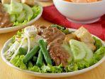 sayuran-siram-bumbu-petis-hidangan-ringan-pelengkap-makan-siang.jpg