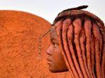 suku-himba-disebut-yang-terindah-di-afrika_20180918_082346.jpg