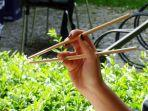 sumpit-sudah-ada-sejak-ribuan-tahun-lalu.jpg