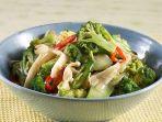 tumis-brokoli-jamur-tiram-menu-pelengkap-kaya-gizi.jpg