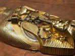tutankhamon-dewa-emas-mumi_20181004_084903.jpg