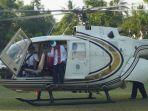 ustadz-abdul-somad-naik-helikopter_20180907_231559.jpg
