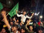 warga-palestina-rayakan-gencatan-senjata.jpg