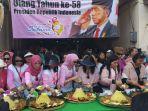 warga-solo-merayakan-ulang-tahun-ke-58-presiden-jokowi.jpg