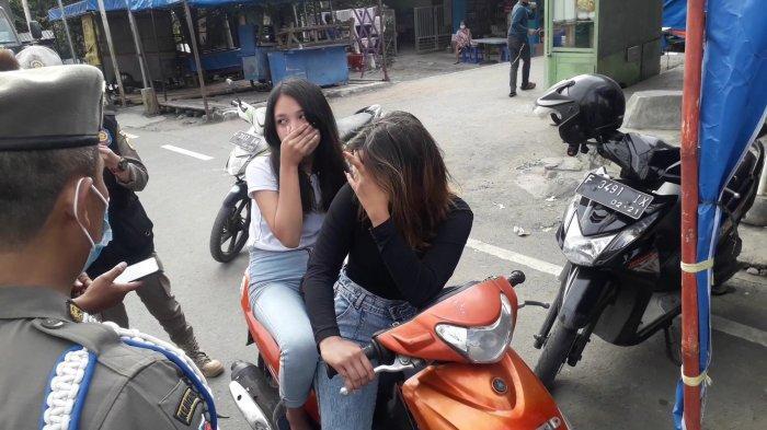 Dua ABG di Puncak Bogor Pasrah Terjaring Ganjil Genap, Pelanggarannya Banyak