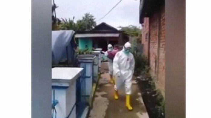 Viral Bocah 2 Tahun Positif Corona, Tidak Menangis saat Dijemput Ambulans