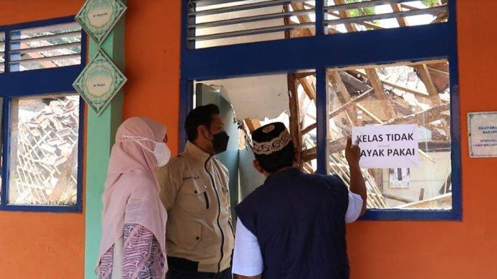 Sekolah Ambruk Jelang PTM,  Komisi IV DPRD Kota Bogor Sidak SDN Otista