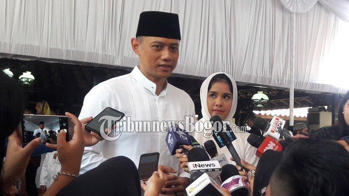 Didampingi Annisa Pohan, AHY Minta Maaf Atas Segala Kesalahan dan Khilaf Eyang Siti Habibah