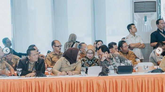Fotonya Saat Diapit Bima Arya dan Cellica Diperbincangkan, Wali Kota Tangsel Airin Tes Corona