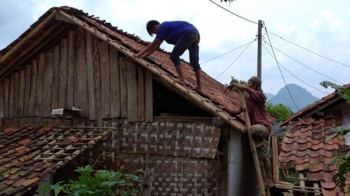 BPBD Sebut 61 Rumah di Tanjungsari Bogor Rusak Pasca Diterjang Angin Puting Beliung