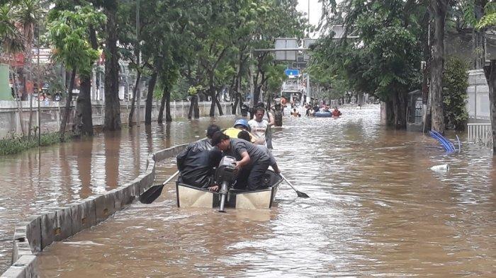 Ribuan Korban Banjir Mulai Diserang Penyakit Gatal-gatal Hingga Penyakit Darah Tinggi,