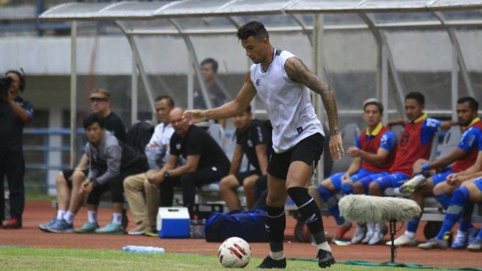 Ditanya Target Jumlah Gol Bersama PS Tira Persikabo, Alex Dos Santos Pilih Fokus Latihan Ringan
