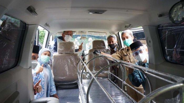 BPKH Serahkan Ambulance dan Mobil Jenazah Untuk Solidaritas Bogor dan Yayasan Warisan Bogor