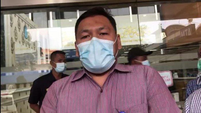 Direktur RS UMMI Andi Taat menyampaikan kondisi terkini pemimpin Front Pembela Islam Habib Rizieq.
