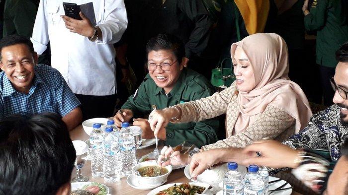 Pakai Seragam Partai ke Bogor, Andika eks Kangen Band Jadi Wakil Ketua DPW PBB Lampung
