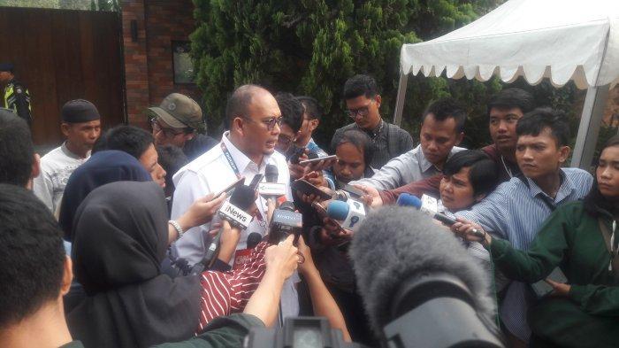 Rapimnas Gerindra Digelar Tertutup, Rocky Gerung Diundang Khusus Oleh Prabowo