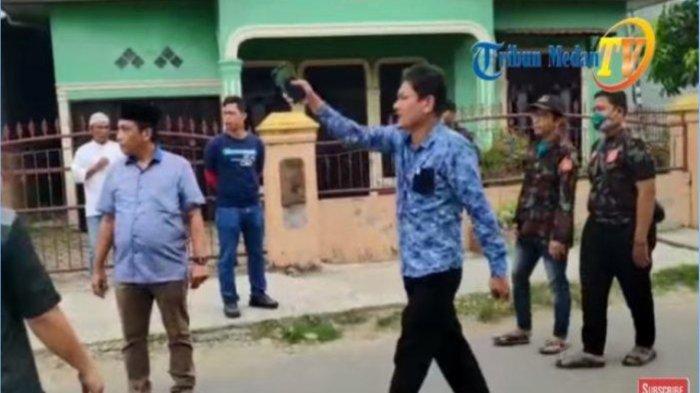 Dilarang Shalatkan Jenazah PDP oleh Polisi, Anggota DPRD Medan Emosi: Sini Virus Corona Saya Telan!