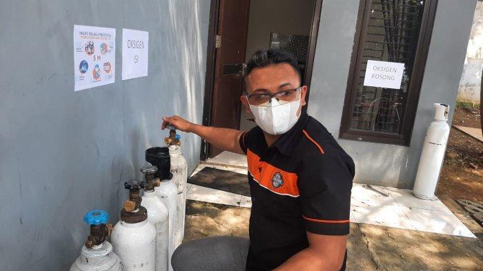 Bantu Warga Tak Mampu, Polisi di Bogor Bagikan Isi Ulang Oksigen Gratis
