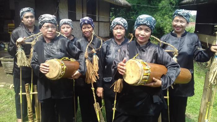 Alat Musik Tifa Berasal dari Maluku dan Papua, Cara Main Dipukul, Kunci Jawaban Tema 1 Kelas 4 SD