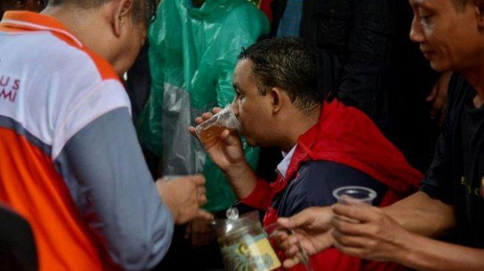 Jakarta Banjir Awal Tahun 2020 - Anies Disindir Menteri, Diteriaki Warga, Fotonya Ternyata Jadul