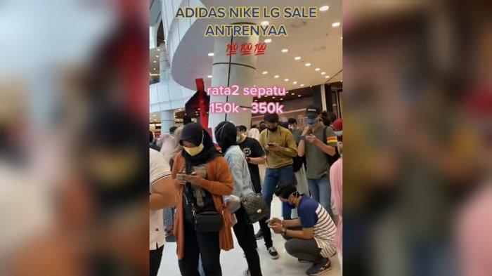 Video Antrean Panjang Diskon Sepatu Bermerk di Mall Sentul Bogor Viral, Ini Kata Kepala Satpol PP