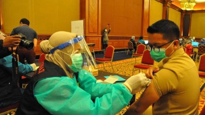 Ribuan Pelayan Publik Kota Bogor Lakukan Vaksinasi Tahap Dua