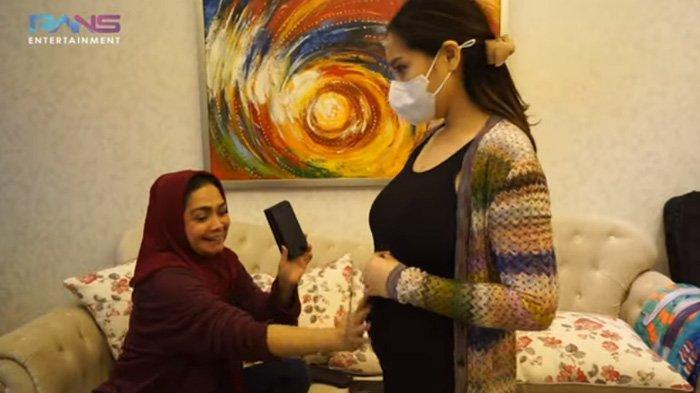 Bukan Buat Rafathar, Mama Rieta Hibahkan Apartemen Mewah untuk Sosok Ini, Nagita Slavina Terkejut