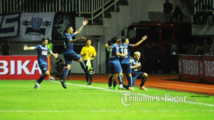 Tekuk Pusamania Borneo FC 5-1, Arema FC Juara Final Piala Presiden 2017