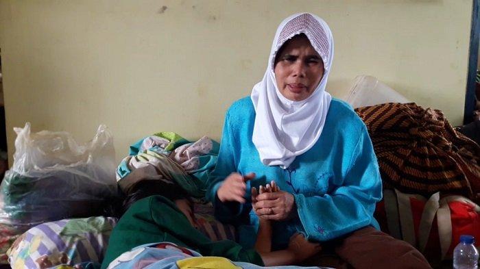 Cerita Armanah Tunanetra yang Berhasil Selamat dari Longsor di Bogor, Tangis Pecah di Pengungsian