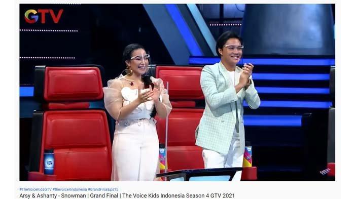 Juri The Voice Kids Indonesia berikan standing applause untuk Arsy Hermansyah