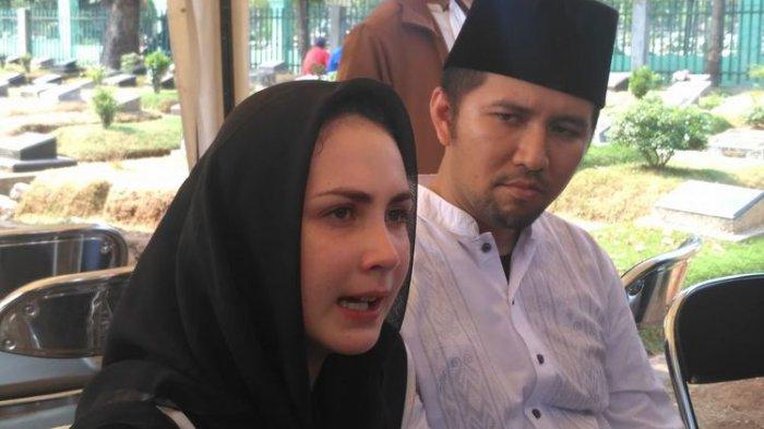 Arumi Bachin Ungkap Penyebab Ayahnya Meninggal Dunia : Kemungkinan karena Serangan Jantung