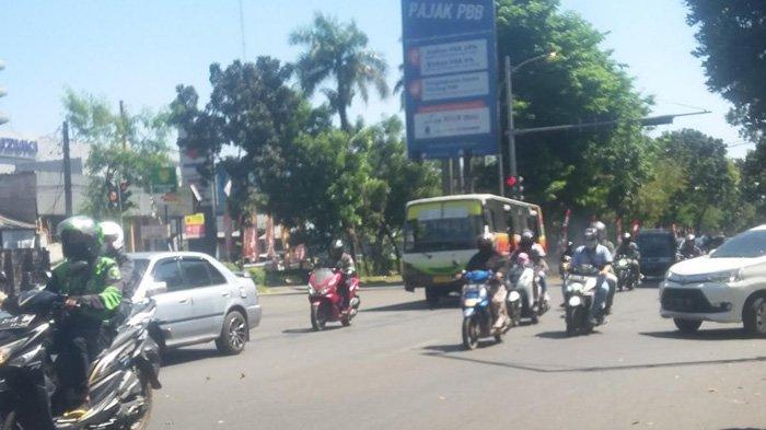 Arus Lalu Lintas di Simpang Bantarjati Jalan Pajajaran saat Ini Lancar