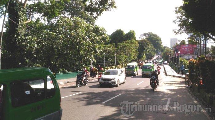 Laju Kendaraan di Jalan Otista Kota Bogor Pagi Ini Ramai Lancar