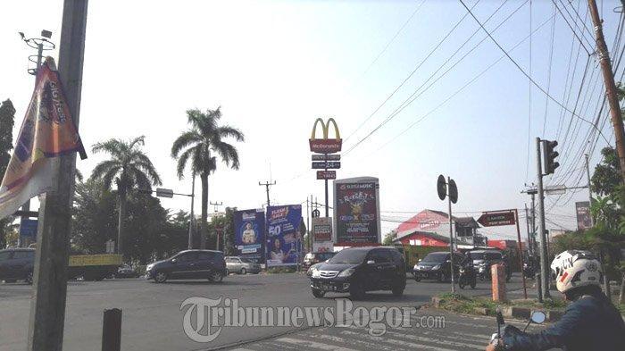 Arus Lalu Lintas di Simpang MCD Cibinong Sabtu Pagi Ini Tak Ada Hambatan